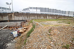 衣浦小学校まで徒歩22分(約1700m)武豊中学校まで徒歩23分(約1800m)