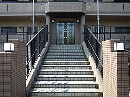 愛知県日進市梅森台3丁目の賃貸マンションの外観