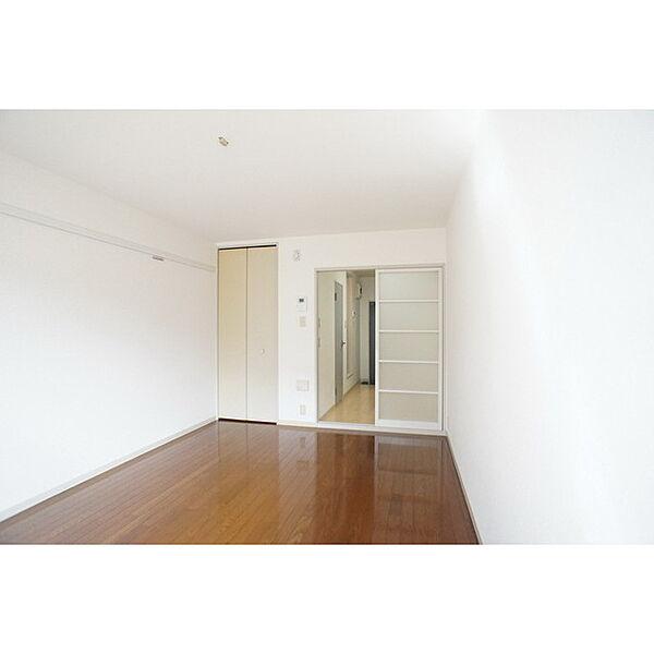 サンハイツの家具類の配置をイメージしやすい空間