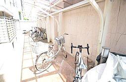 メゾン・ド・カルフール[2階]の外観