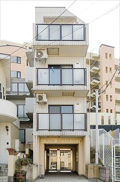 学生用 コリーヌIshihara[3階]の外観