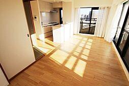 家具の配置がし易い横長LDKで家族のだんらんをお楽しみ下さい。