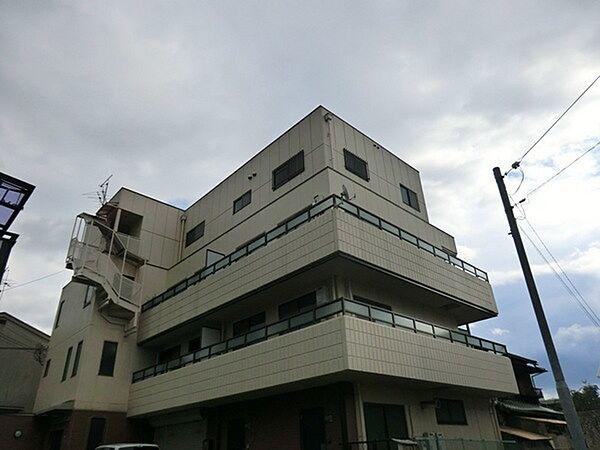 アーバンハイツ[2階]の外観