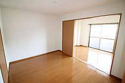 ウィステリア弐番館の洋室