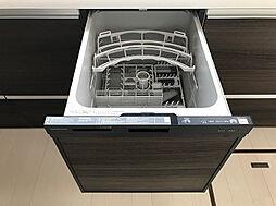 食器洗浄乾燥機もついておりますので洗い物も楽ですね。