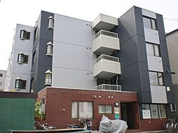 北海道札幌市豊平区平岸三条16の賃貸マンションの外観