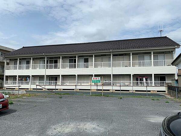 埼玉県坂戸市浅羽野2丁目の賃貸アパートの外観