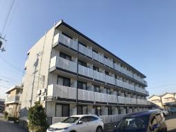 レオパレスヴィラ高須[210号室]の外観